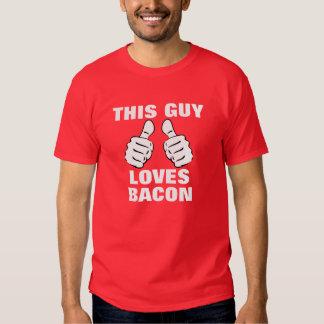 Ce type aime au lard tee-shirts