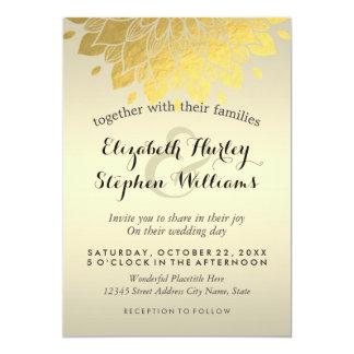 Célébration florale de mariage d'or chic moderne carton d'invitation  12,7 cm x 17,78 cm