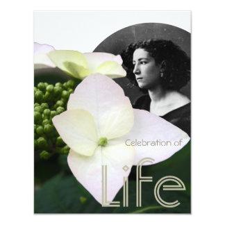 Célébration personnalisable de la vie avec le carton d'invitation 10,79 cm x 13,97 cm