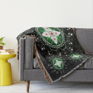 Celtic Black White Green Red Throw Blanket