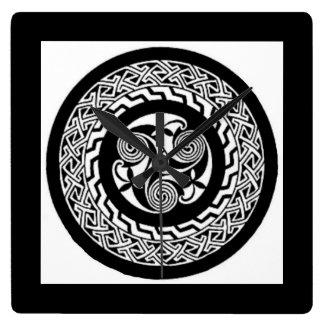 Celtic knot design Clock