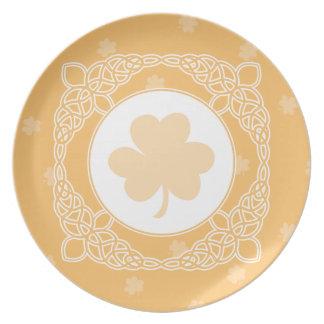 Celtic Mist Plate - Peach
