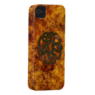 Celtic Viking Serpent Shield Design iPhone 4 Case