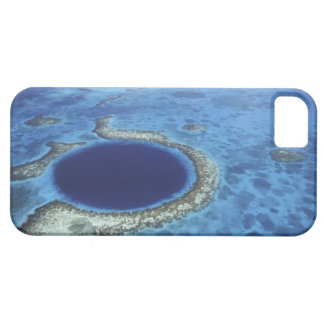 CENTRAL AMERICA, Belize, Large coral reefs off iPhone 5 Cover