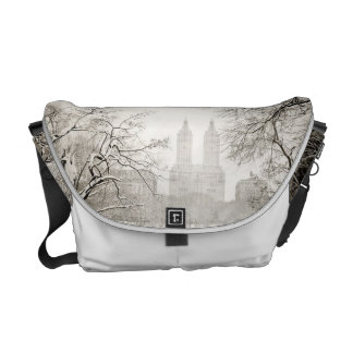 Central Park - Beautiful Winter Snow Courier Bags