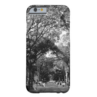 Central Park: Poet's Walk in the Summer BW Barely There iPhone 6 Case