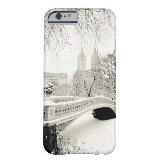 Central Park Winter - Snow on Bow Bridge iPhone 6 Case