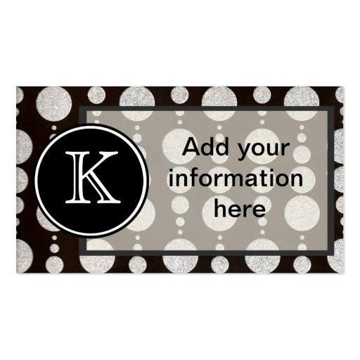 Cercle argenté décoré d'un monogramme modèle de carte de visite