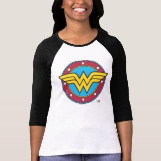 Cercle de femme de merveille et logo d'étoiles tshirt