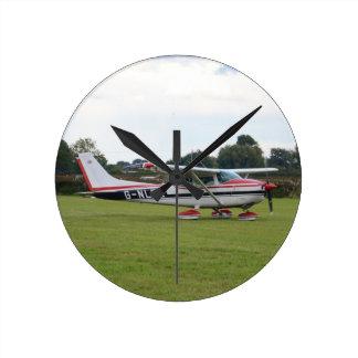 Cessna 182Q Round Clock