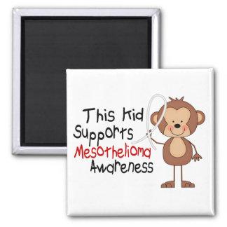 Cet enfant soutient la conscience de mèsothéliome magnet carré