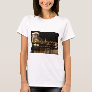 Chain Bridge with Buda Castle Hungary Budapest T-Shirt
