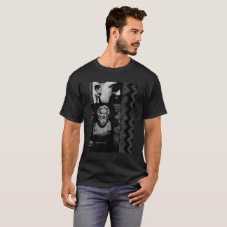 CHAINS T-Shirt