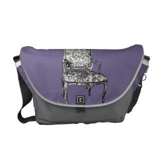 Chaises de Regency dans le gris lilas Besaces