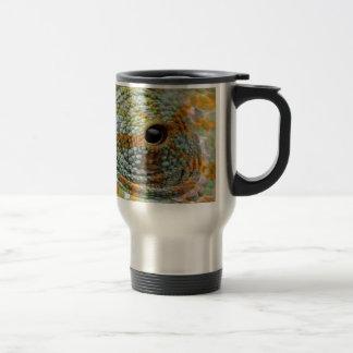 chameleon eye search peace travel mug