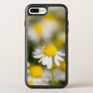 Chamomile flower close-up, Hungary OtterBox Symmetry iPhone 7 Plus Case