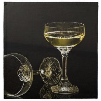 champagne glasses napkin
