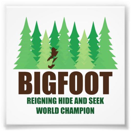 Champion du monde de cache-cache de Bigfoot Sasqua Impression Photographique