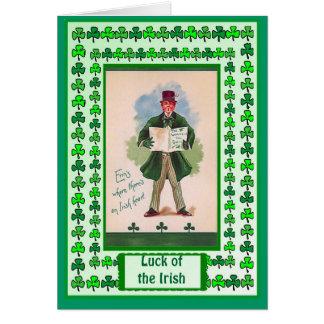 Chance irlandaise, petit homme en vert carte de vœux