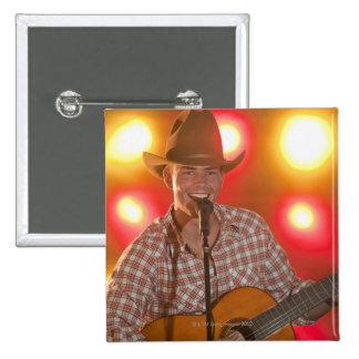 Chanteur de country macaron carré 5 cm