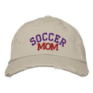 Chapeau brodé par maman du football