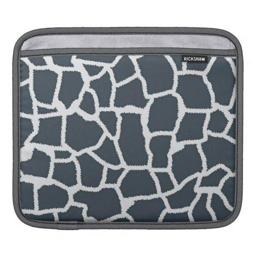 "Charcoal Color Giraffe ""animal print"" Sleeve For iPads"