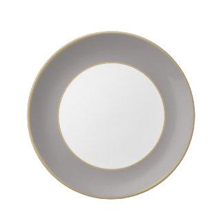 Chardon argenté dans un jardin anglais de pays assiettes en porcelaine