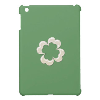 Charming adorable chic pearl lucky shamrock iPad mini case