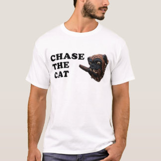 chase the cat T-Shirt