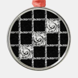 check pattern Silver-Colored round ornament