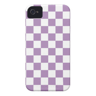 Checkerboard iPhone 4/4s Case in African Violet