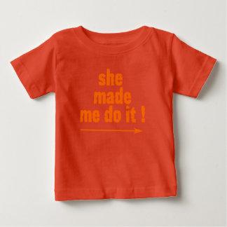 Cheeky kids 'she made me do it'T Shirt