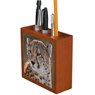 Cheetah looking away desk organizer