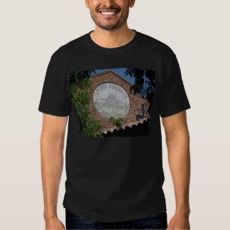 """""""Chemin de fer Santa Rosa carré, CA """" Tee-shirts"""