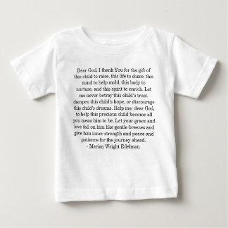 Cher Dieu, je vous remercie du cadeau de ce chil… T-shirts