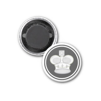 Chess Piece White King 1 Inch Round Magnet