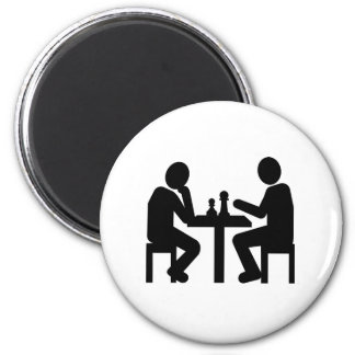 Chess player magnet