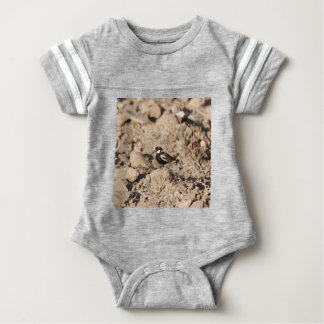 Chestnut backed sparrowlark (Eremopterix leucotis) Baby Bodysuit
