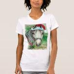 Cheval avec le tee - shirt de vacances de chapeau  t-shirts