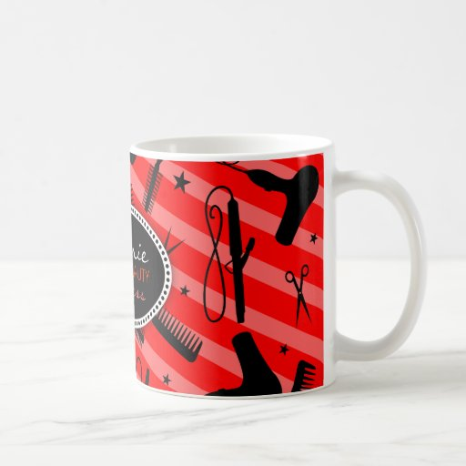 Cheveux rouges classiques et beauté tasse à café
