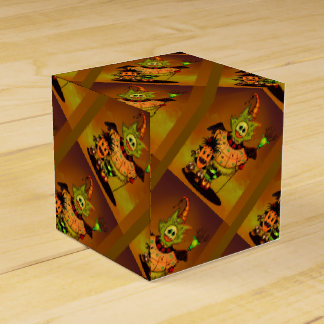 CHIBI DOLLS GIFT BOX  Classic 2x2 Halloween Party Favor Boxes