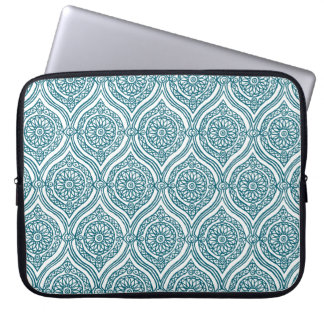 Chic Ethnic Ogee Pattern in Teal on White Laptop Sleeve