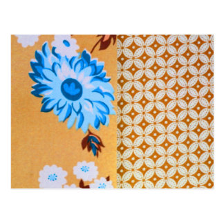 Chic Girly Brown Floral Quatrefoil Pattern Postcard