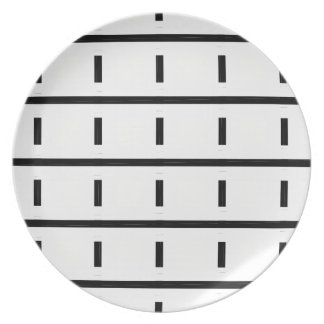 CHIC MELAMINE PLATE_MOD  BLACK PATTERN ON WHITE PLATE