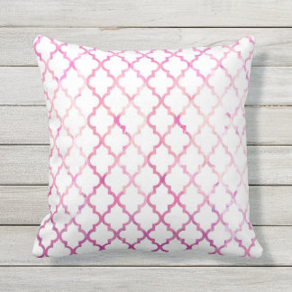 Chic modern pink watercolor quatrefoil pattern outdoor pillow