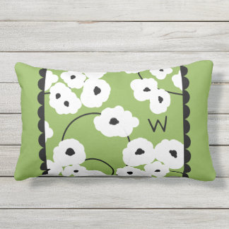 CHIC OUTDOOR PILLOW_MOD WHITE & BLACK POPPIES OUTDOOR PILLOW