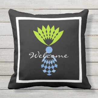 CHIC PILLOW_MOD TROPICAL BLUE ISLAND PINEAPPLES OUTDOOR PILLOW