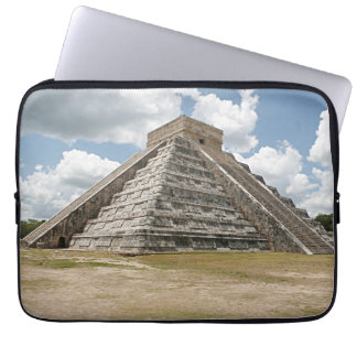 Chichen Itza El Castillo Laptop Sleeve