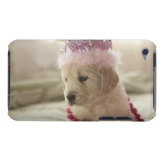 Chien avec des décorations sur le lit coques iPod touch