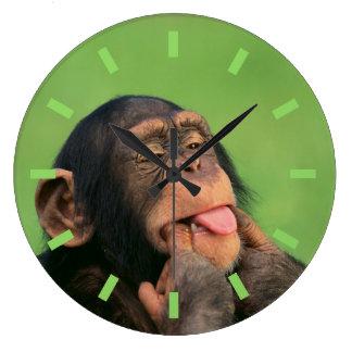 Chimpanzé effronté grande horloge ronde